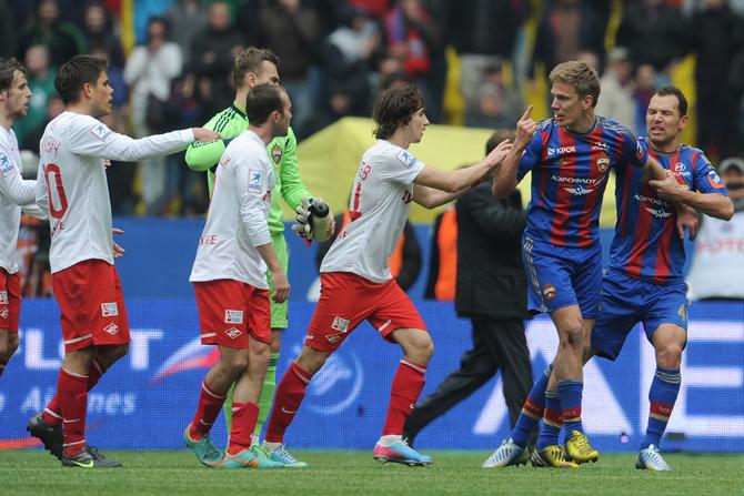«Вернблум предложил подраться, я ответил: «Без проблем». Как рубились ЦСКА и «Спартак»