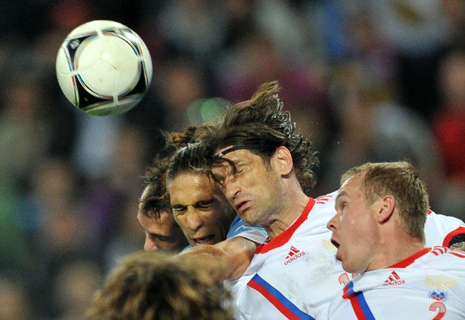 Разум и чувства. Кто сыграет в основе сборной на Евро?