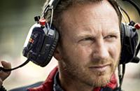 «На месте «Мерседеса» поставлял бы двигатели «Ред Булл» бесплатно». Кристиан Хорнер отвечает на вопросы болельщиков