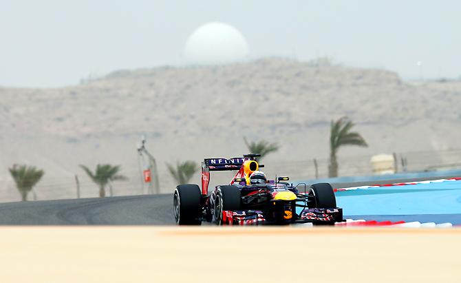 Гран-при Бахрейна. Как Феттель выиграл гонку в Сахире