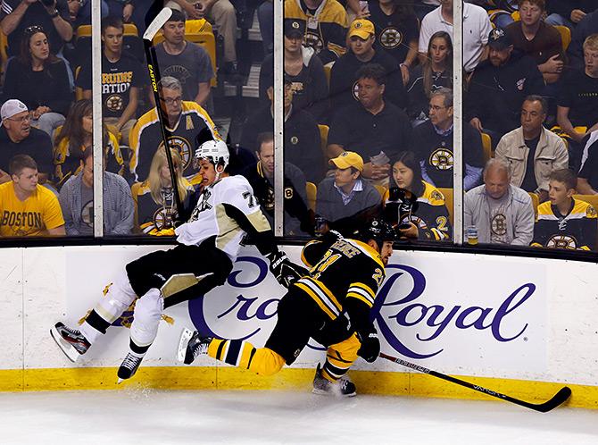 Самые неожиданные разгромы в плей-офф НХЛ за 20 лет