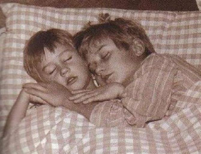 Малыш справа - Томаш Росицки. Узнали?