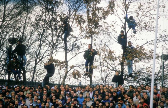 После реконструкции «Миллернтора» такое на стадионе немецкого «Санкт-Паули» уже не увидишь, к сожалению.