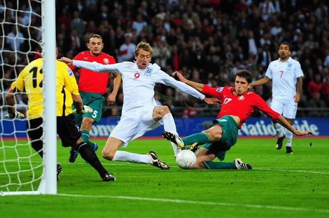 Вот бы еще научиться обыгрывать сборную Англии, тогда все вообще будет прекрасно