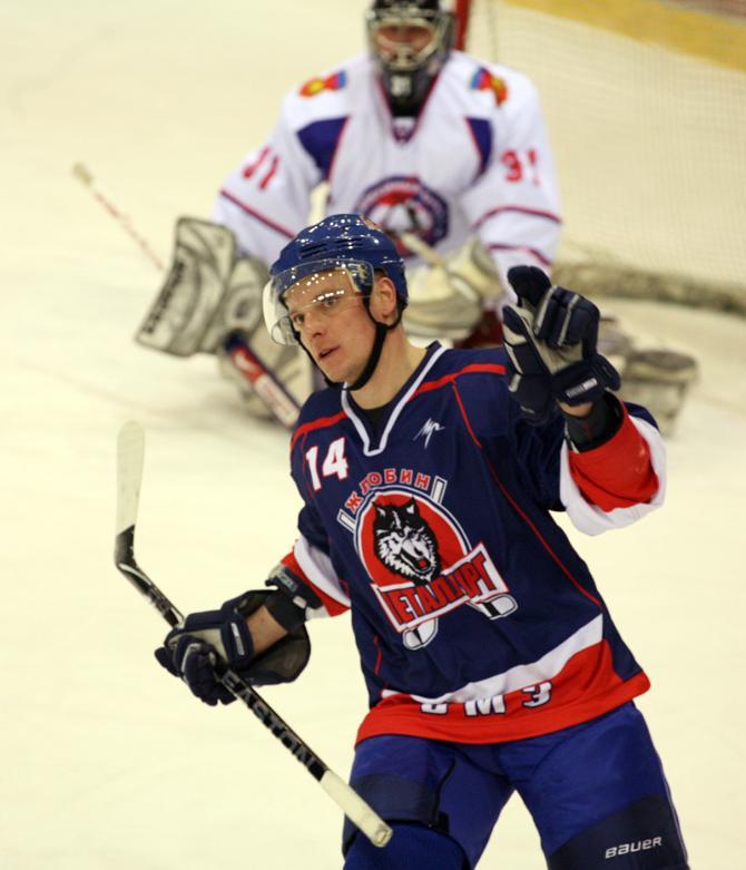 Один из лучших бомбардиров последнего чемпионата Андрей Макров открыл счет голам в нынешнем первенстве.