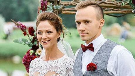 Главная свадьба августа. Герасименя вышла замуж за пловца Цуркина