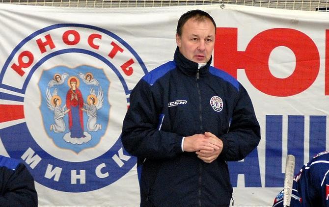 Команда поздравила Михаила Захорова с днем рождения победой.