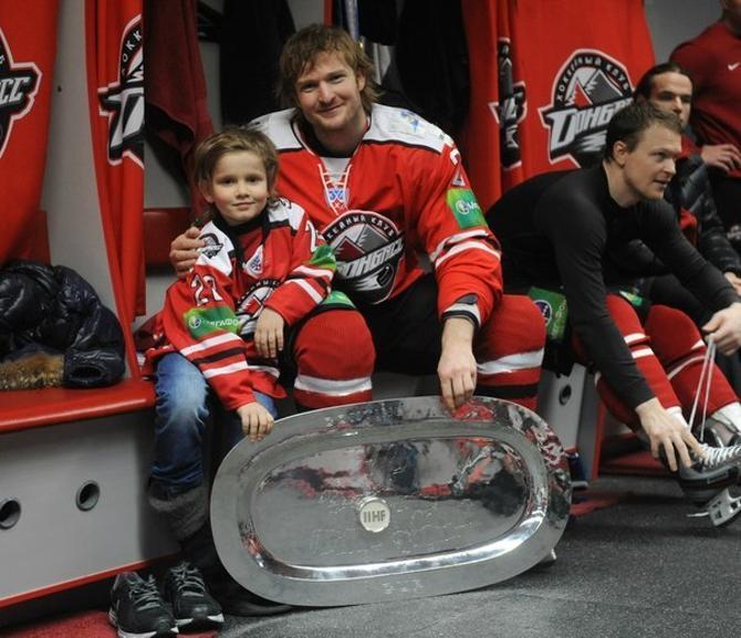 Возможно, очень скоро Александр Матерухин выйдет на лед против «Донбасса», в котором он не смог заиграть