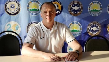 Кажется, Дулуб в Казахстане всё. Он так и не вытащил клуб из зоны вылета, уходит за пару дней до финала Кубка