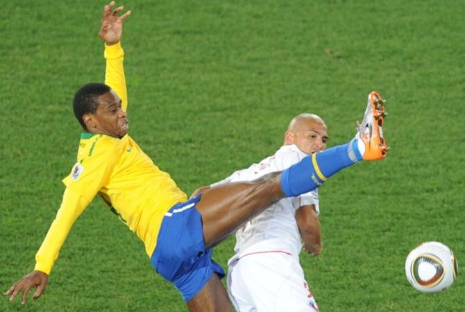 Жуан забил первый гол в ворота Чили.