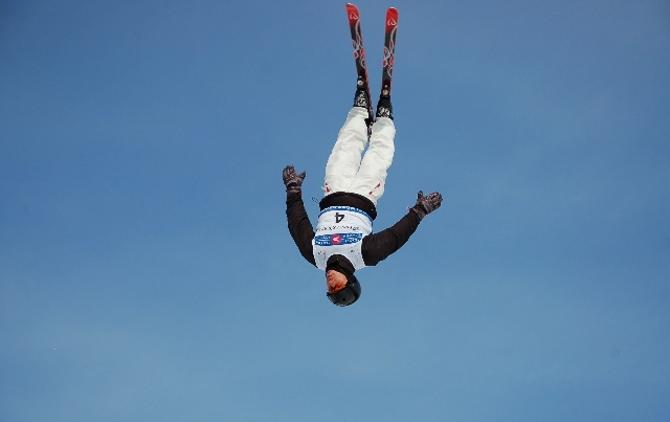 Дмитрий Дащинский готовит к Олимпиаде прыжок ультра класса.