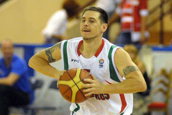 Сергей Чариков готов помочь сборной
