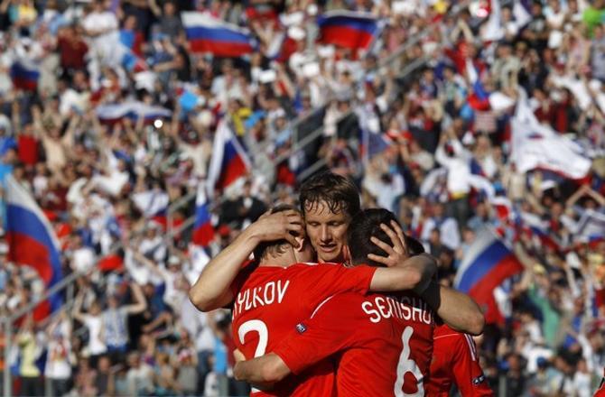 Роман Павлюченко забил три гола и решил исход встречи с Арменией.