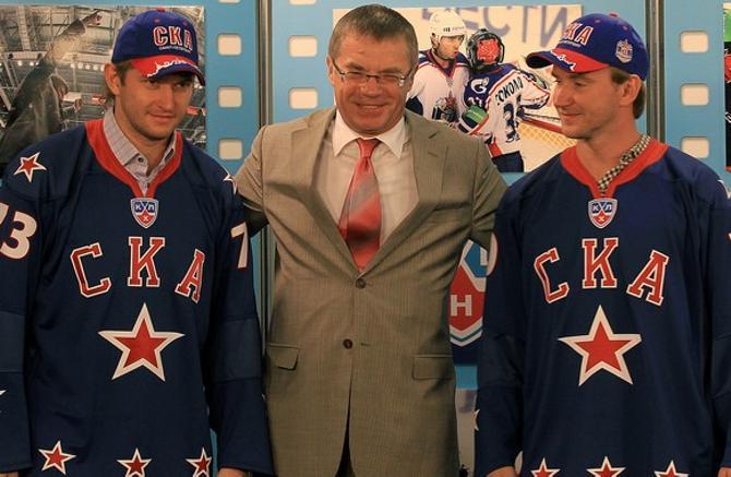 Сколько уже звезд подписал Александр Медведев, а толку...