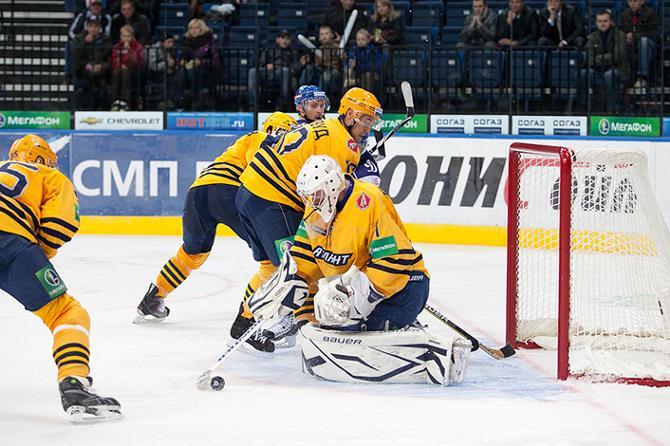 11 октября в Минске в матче «Динамо» и «Атланта» Виталий Коваль был на высоте.