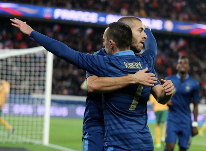 Если не произойдет чуда в виде домашнего поражения Испании от Грузии, в стыковых матчах окажется и Франция.