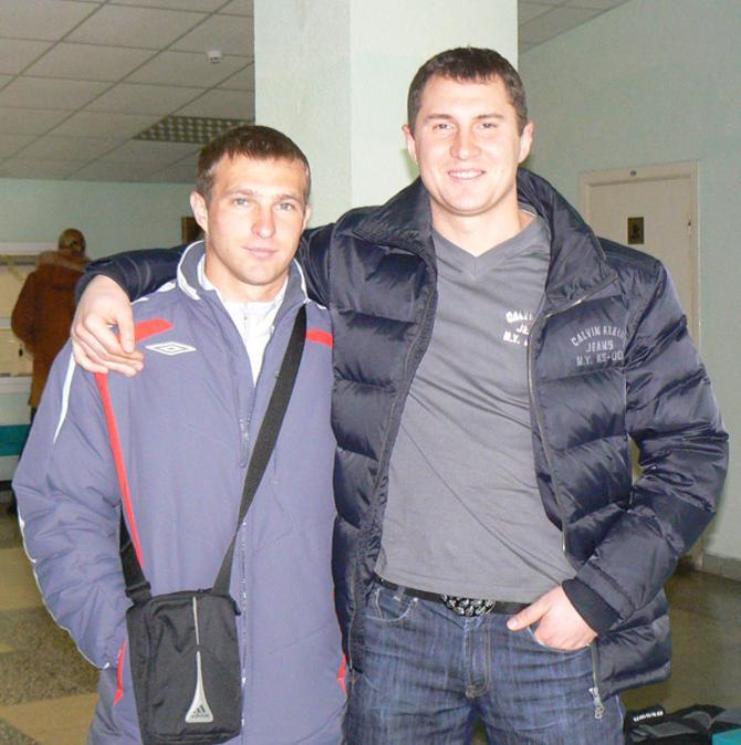 Для Валерия Тарасенко (на фото -- справа) работа с Юрием Пунтусом -- двойной прилив энергии