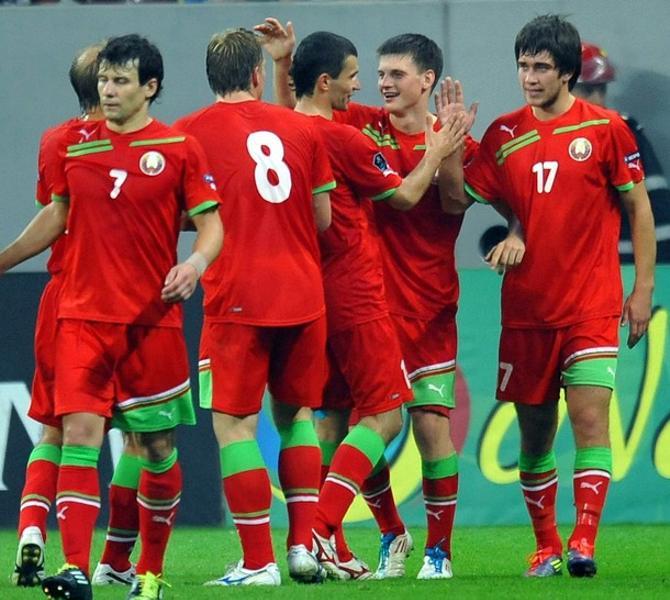 Филипп Рудик и Станислав Драгун сообразили отличный гол.