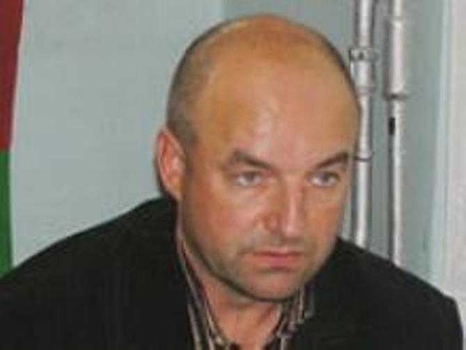 Некогда топового тренера Вячеслава Акшаева нынче в высшей лиге никто не ждет.
