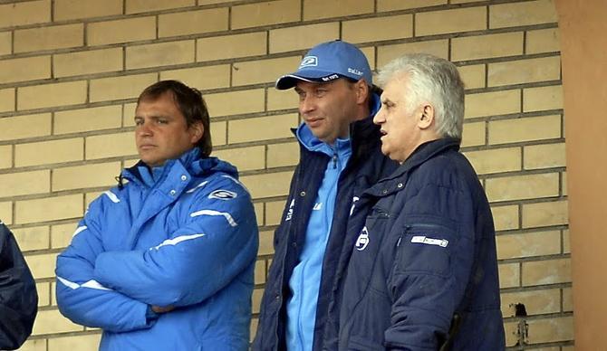 Валерий Стрельцов говорит, что у них с Сергеем Овчинниковым налажены хорошие дружесие отношения