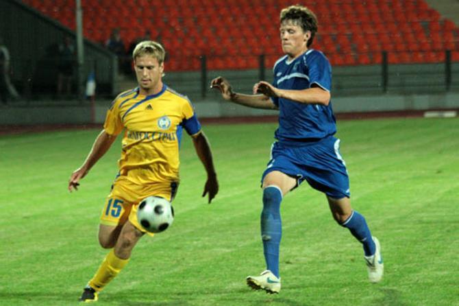Максим Скавыш принес победу своей команде на 2-й добавленной минуте матча.