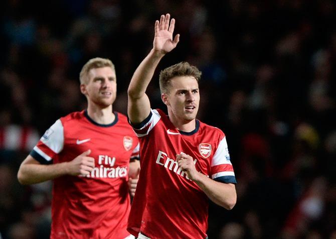В матче с ближайшими преследователями «Арсенал» одержал убедительную победу