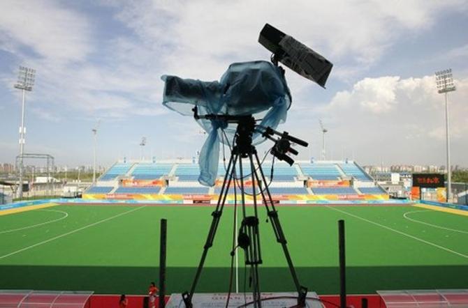 Камеры белорусских телевизионщиков для отечественного футбола пока зачехлены