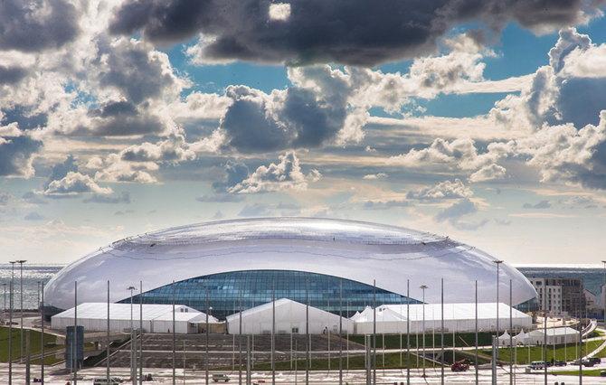 Ледовый дворец «Большой» уже ждет хоккеистов. На матчи сборной России, полуфиналы и финал олимпийского турнира все билеты проданы.