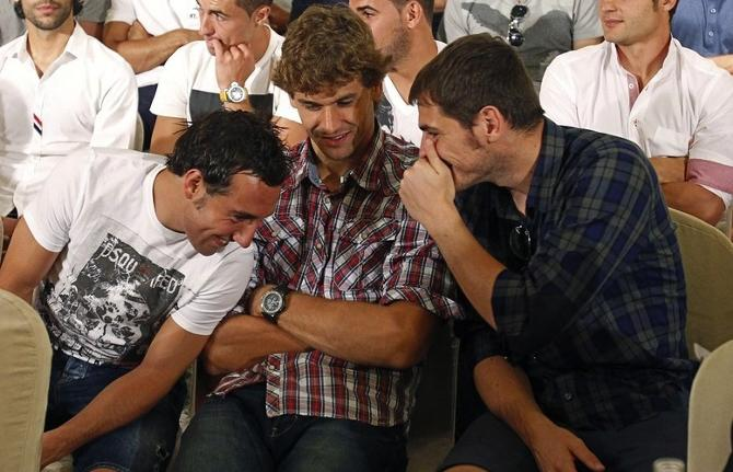 Икер Касильяс возглавил забастовку футболистов.