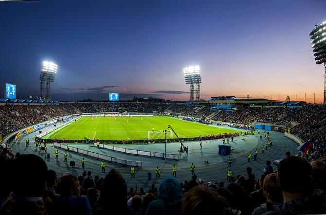В России пока что острая проблема со стадионами, соответственно, и с их посещаемостью