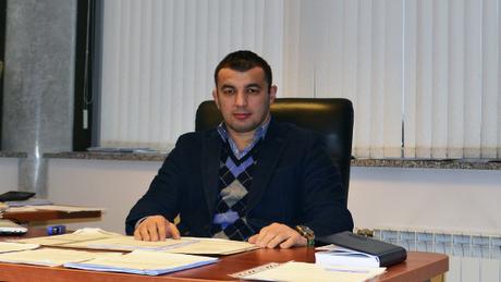 Селимов уже 3 года управляет минским «Динамо» и его обычно ругают. Но, может, с экс-борцом не все так плохо?