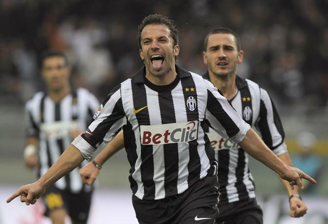 Алессандро Дель Пьеро игра в футбол до сих пор приносит удовольствие.