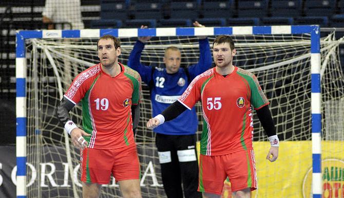 В первом матче вратари не очень выручали сборную Беларуси