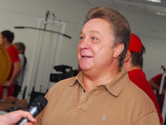В 2004-м Анатолию Бардину удалось заманить Яромира Ягра в Омск