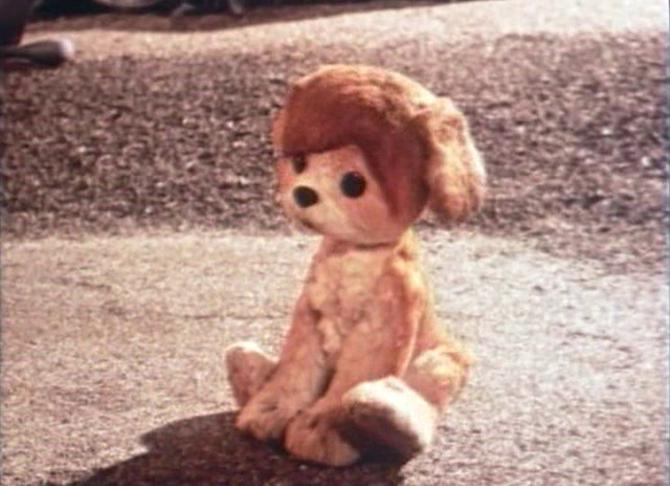 Пытливому щенку из мультика удалось узнать, кто сказал мяу. А вот кто сказал фас Милевскому — мы так и не узнали