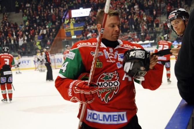 Никлас Сундстрем планировал завершить карьеру в МОДО, однако почувствовал, что все еще голоден до хоккея.
