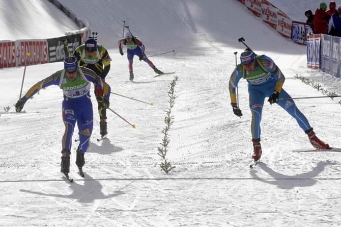 Финиш смешанной эстафеты получился достойным чистых лыжников