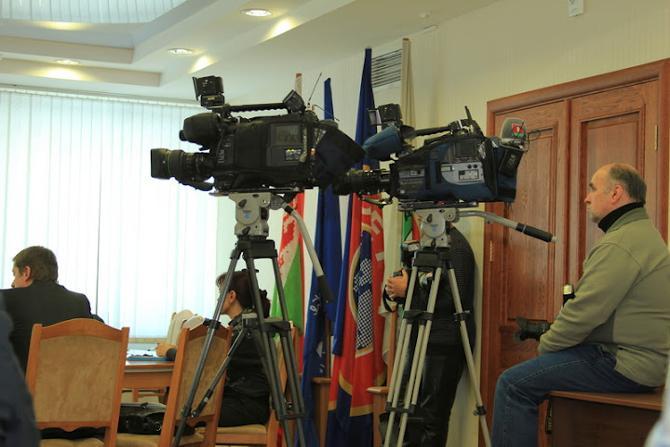 Пока неизвестно, будет ли у камер белорусского ТВ работа на футболе