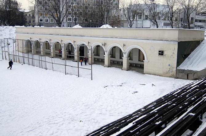 Асфальтовое поле дало путевку в жизнь не одному игроку национальной сборной Беларуси