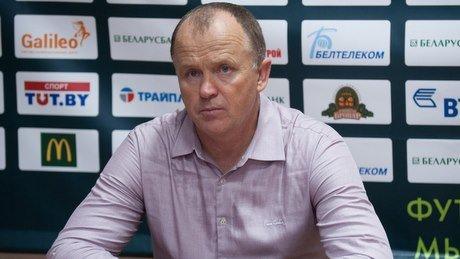 Еще не сыграно и половины чемпионата, а уже 6 тренеров остались без работы. Белорусский футбол, ты суров!