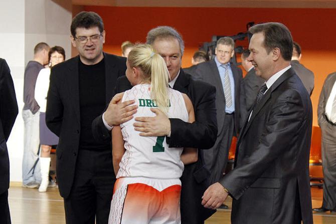 Семен Шапиро показал себя в Гродно большим любителем спорта