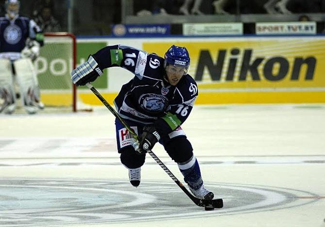 Джефф Платт забросил победную шайбу в Новокузнецке.