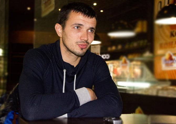 Парень из деревни, Александр Володько теперь играет с