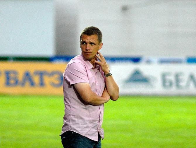 Виктор Гончаренко в раздумьях...