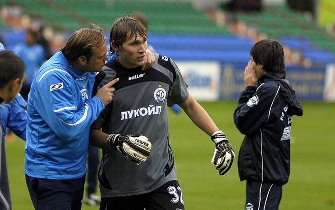 Дмитрий Гущенко признался, что беседы с Сергеем Овчинниковым принесли ему больше пользы, чем тренировки.