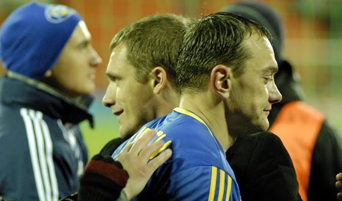 Виктор Гончаренко благодарит Юревича за классный матч