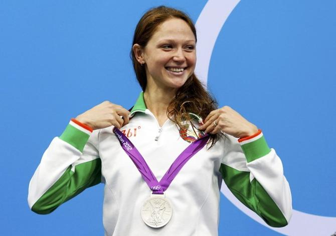 Александра Герасименя примеряет олимпийское серебро