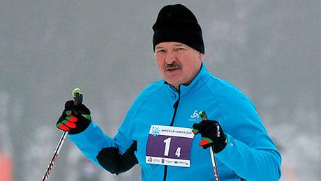 Лукашенко мастер не только в хоккее и футболе, но и в лыжах: обгонял Буре, падал на склоне и даже имел проблемы с полицией