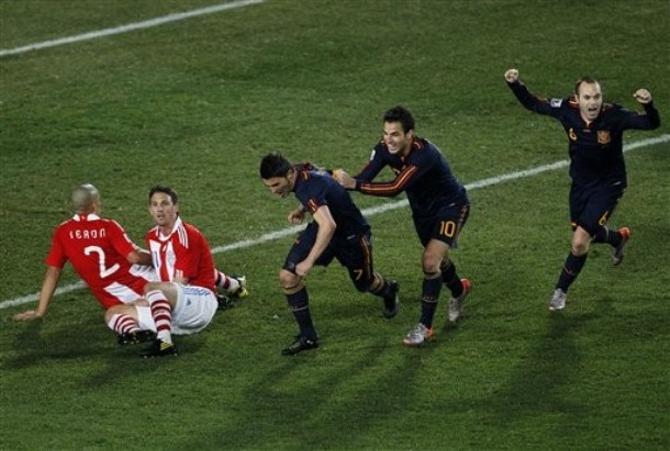 Испания сыграет в полуфинале с Германией.