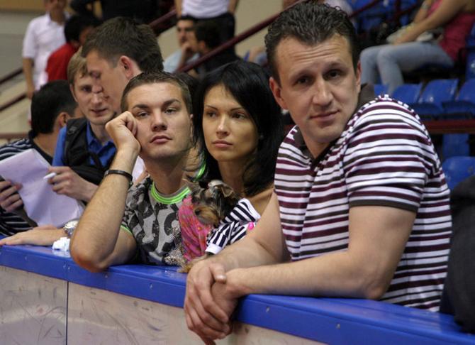 Андрею Паращенко иногда хочется все бросить, но он не может подставить игроков